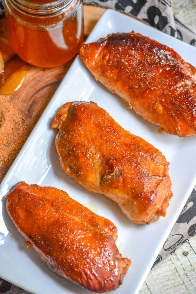 SMOKED CAJUN HONEY CHICKEN BREASTS 4 PECHUGAS DE POLLO AHUMADAS CON MIEL Y CAJÚN