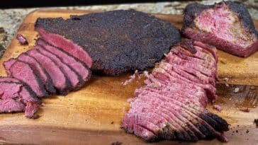 IMG 0666 CROPPED 1000X493 PASTRAMI CASERO DE BRISKET - THE SMOKE