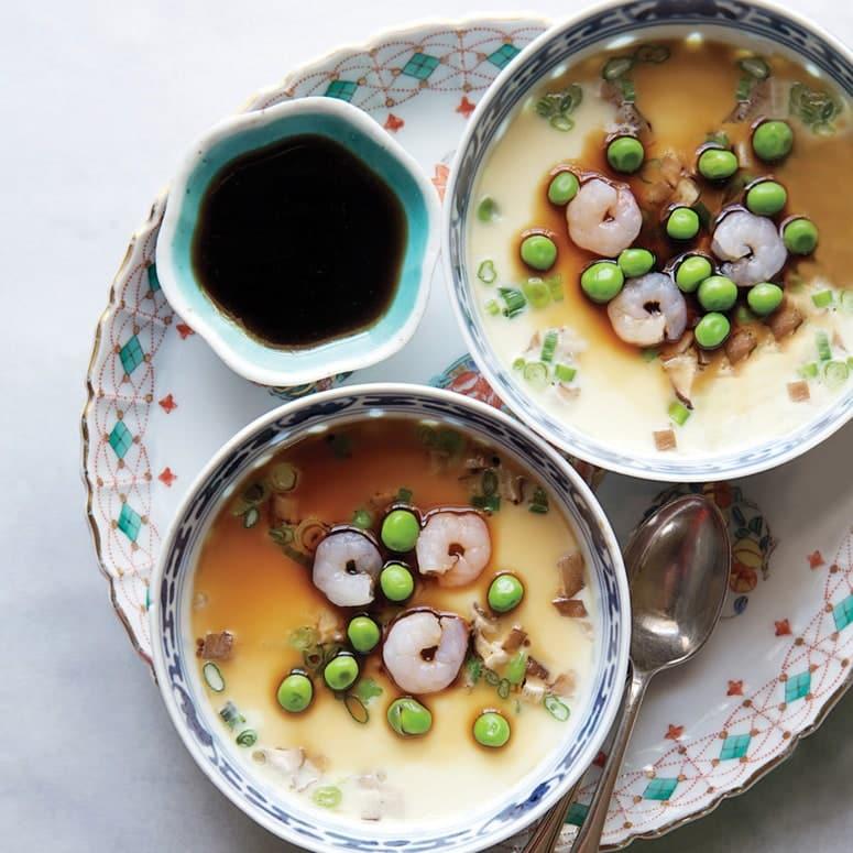 La imagen puede contener: tazón, comida, plato, comida, tazón de sopa y sopa
