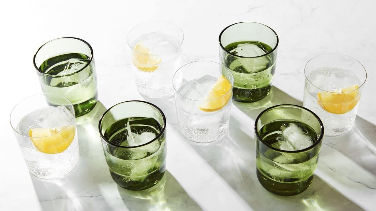 DRINKINGGLASSGUIDE HERO 121620 6713 VOG TEST LOS MEJORES VASOS PARA BEBER PARA CADA TIPO DE PERSONA