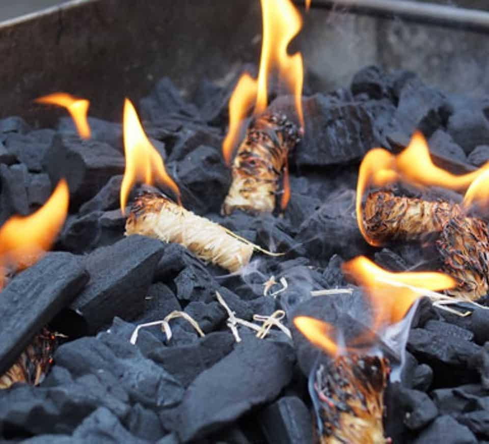 BBQ COALS 4FD70EB CÓMO ENCENDER UNA BARBACOA
