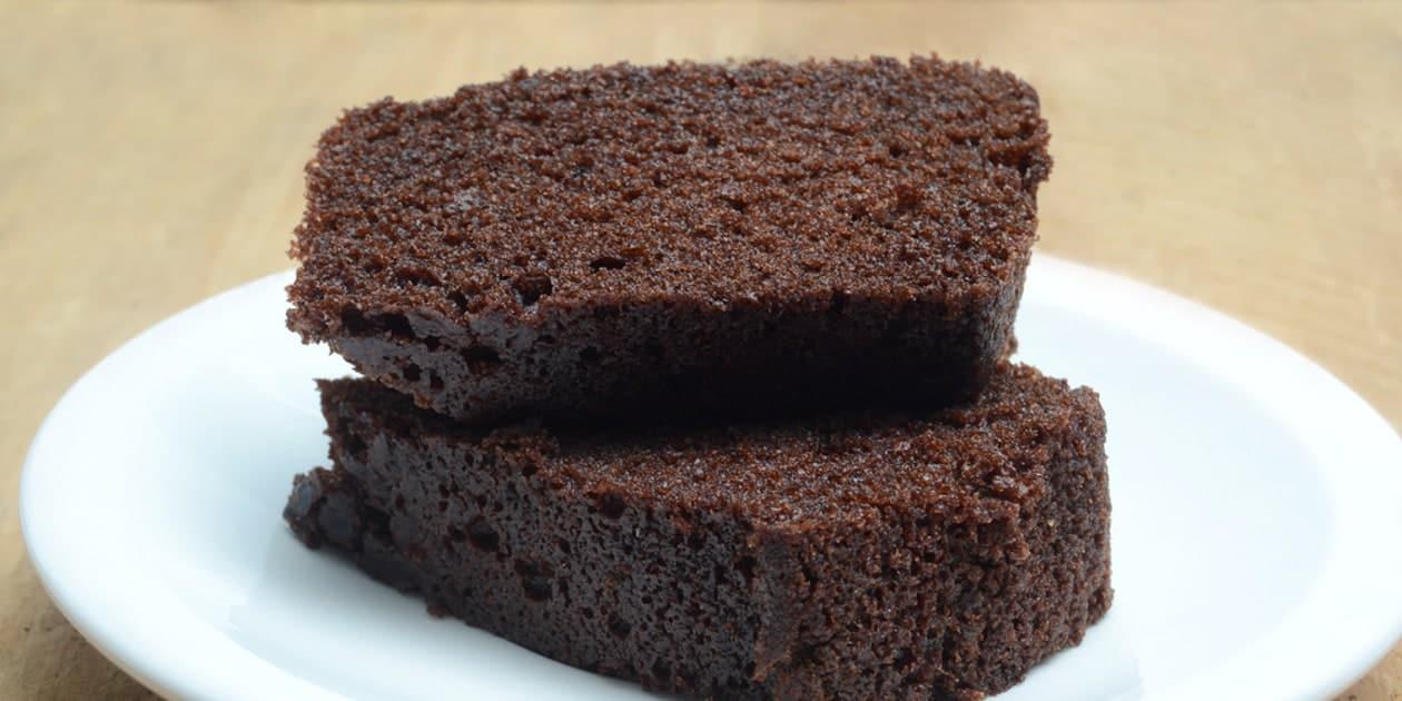 WACKY CHOCOLATE CAKE RECETA DE PASTEL DE CHOCOLATE LOCO   EPICURIOUS.COM