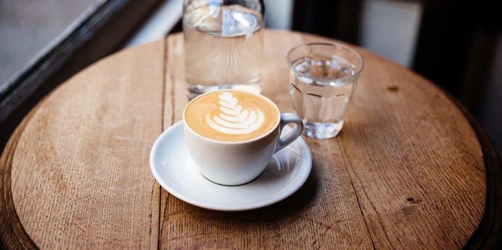 GETTYIMAGES 1092646332 2000 MITO O HECHO: ¿SE ESTÁ DESHIDRATANDO EL CAFÉ?
