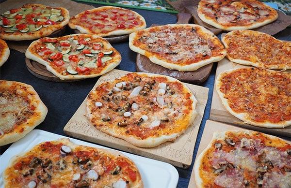 WHAT ARE THE DIFFERENT KIND OF PIZZA FLAVOR ¿CUÁLES SON LOS DIFERENTES TIPOS DE SABORES DE PIZZA?