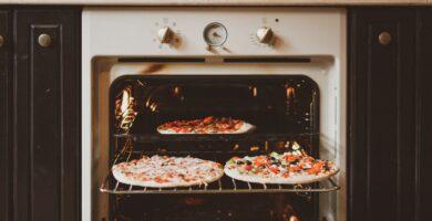 THE BEST PIZZA BAKING TEMPERATURE FOR OVEN SCALED ¿CUÁL ES LA MEJOR TEMPERATURA DE HORNEADO DE LA PIZZA?