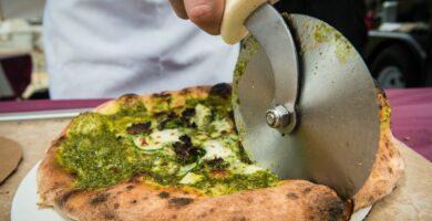 PIZZA CUTTERS CORTADORES DE PIZZA: ¿CUÁL ES LA MEJOR HERRAMIENTA PARA CORTAR PIZZA?