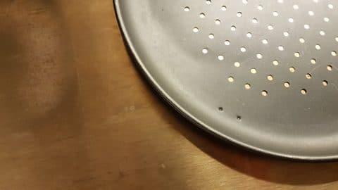 SARTÉN PARA PIZZA Y ACERO PARA PIZZA